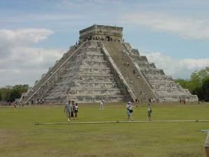 Mayans, el-castillo-large